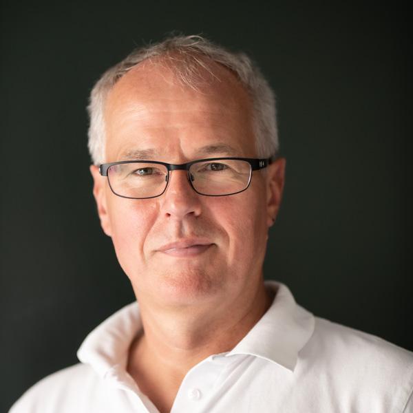 Specialtandlæge Esben Aagaard